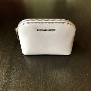 NWT Michael Kors Cindy Travel Pouch